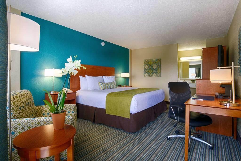 Best Western On The Bay Inn & Marina em Miami Beach: quarto