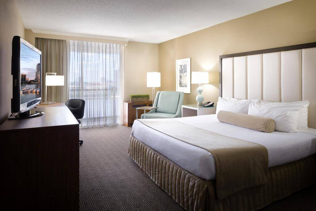 Hotel DoubleTree by Hilton Jacksonville Riverfront, FL: quarto