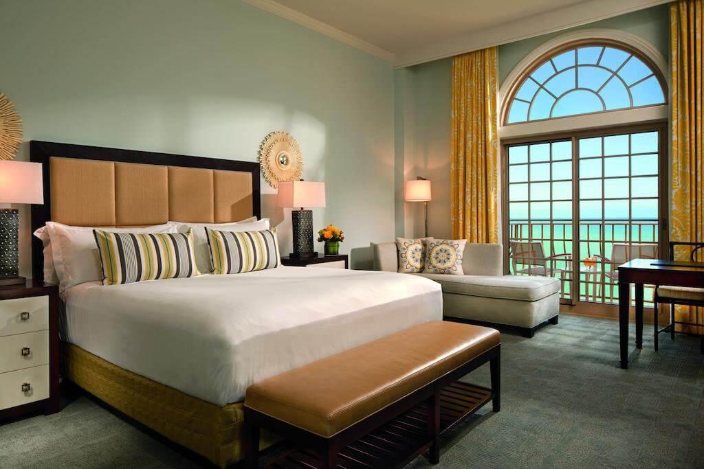 Hotel The Ritz-Carlton Naples: quarto