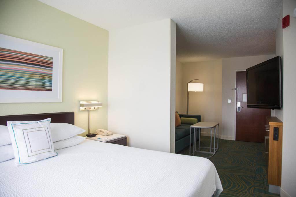 Hotéis bons e baratos em Jacksonville: SpringHill Suites Jacksonville: quarto