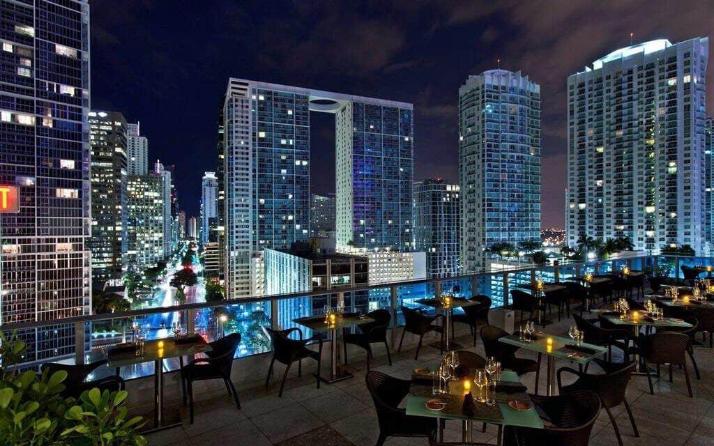 Melhores bares com rooftops em Miami: Area 31 em Miami