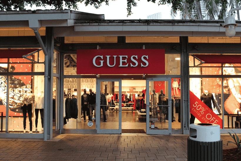 Lojas da Guess em Miami: roupas, bolsas e relógios