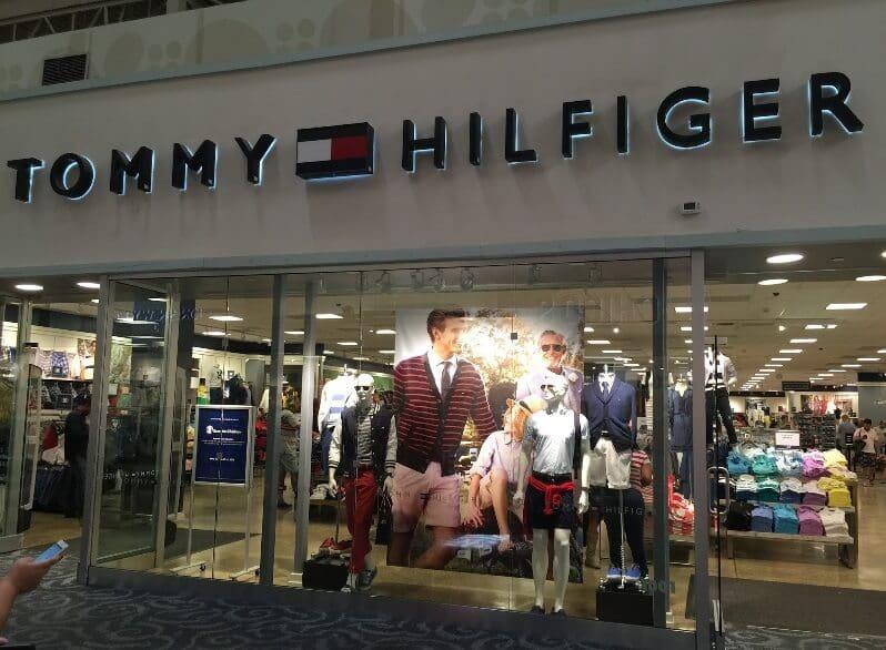 Detalhes das lojas da Tommy Hilfiger na Flórida