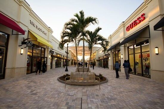 Palm Beach Outlets em West Palm Beach