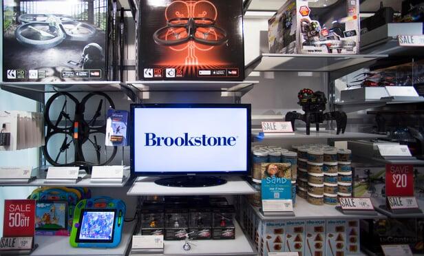 Loja de brinquedos e eletrônicos Brookstone em Orlando
