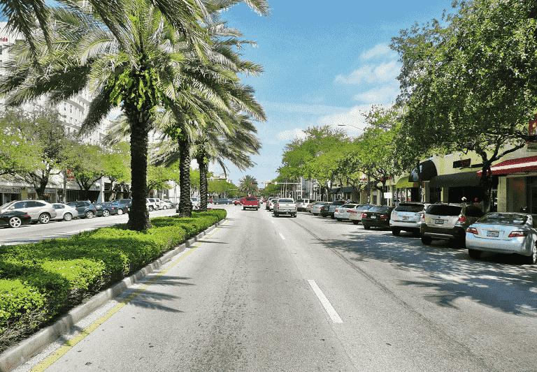 Cidades legais perto de Miami: Coral Gables na Flórida