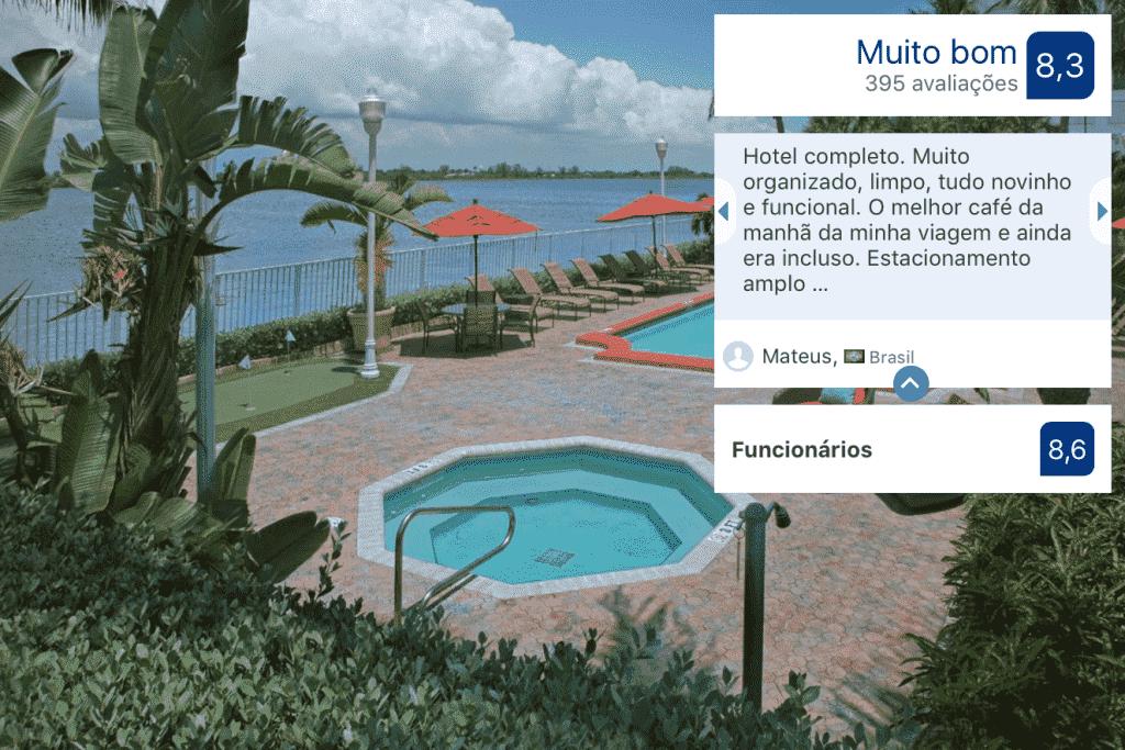 Piscina do Fairfield Inn and Suites by Marriott Palm Beach