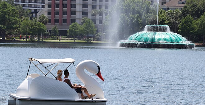 Lake Eola Park em Downtown Orlando