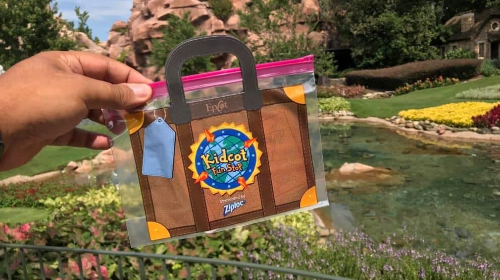 Cartões e adesivos dos países para colecionar no Disney Epcot: cartão