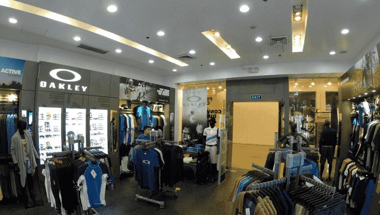 O que comprar nas lojas Oakley em Orlando e Miami
