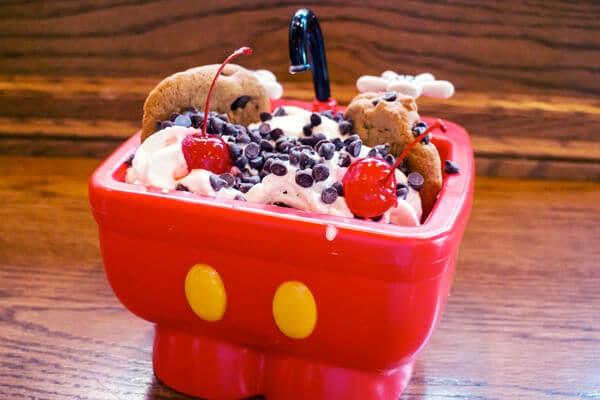 """10 melhores doces e lanches da Disney em Orlando: Sundae da """"pia do Mickey"""""""