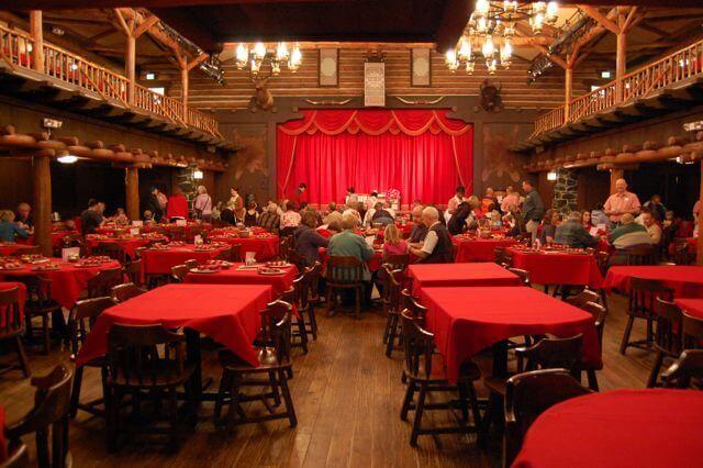 Ambiente Hoop-Dee-Doo Musical Revue na Disney em Orlando