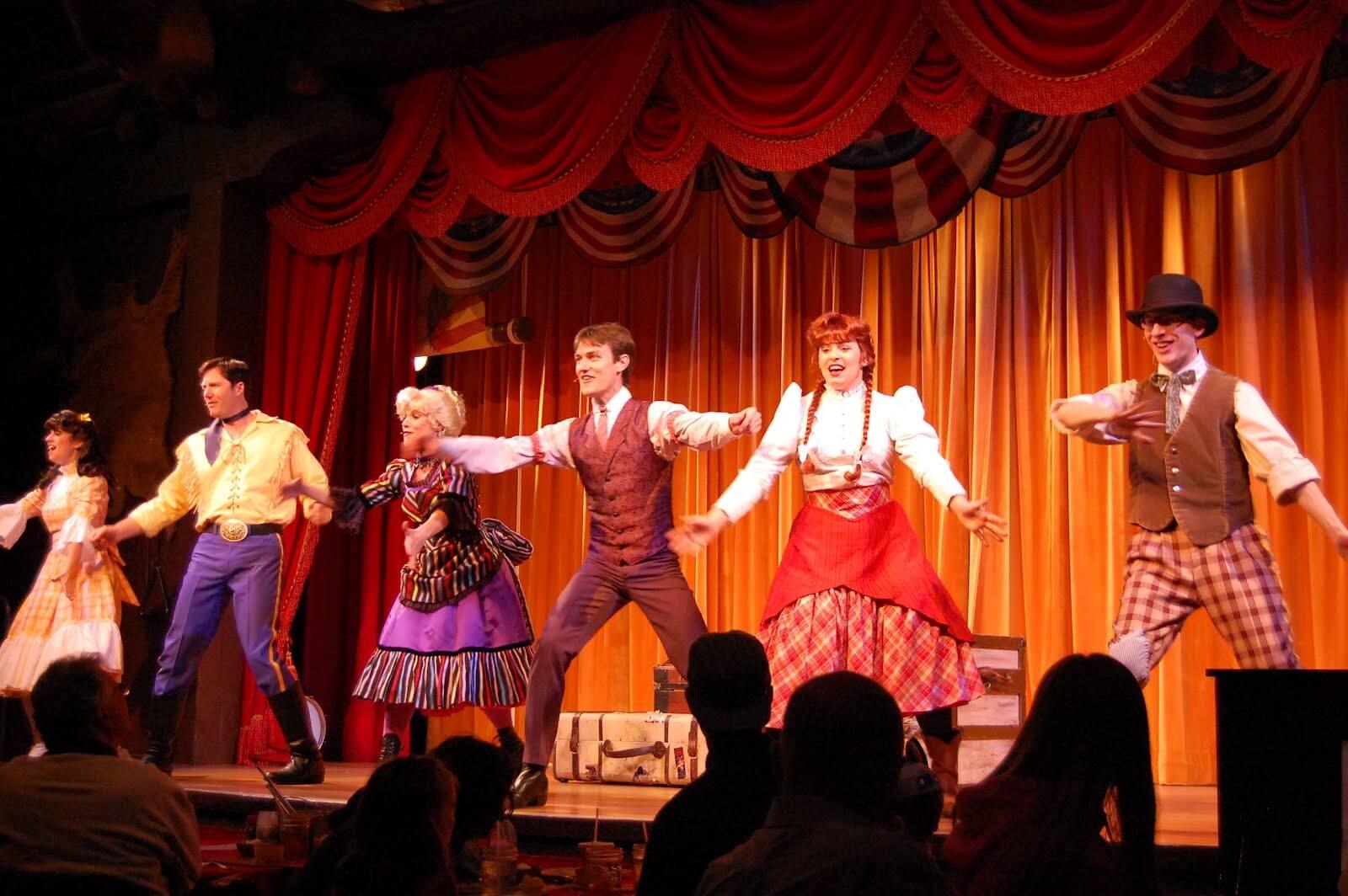 Jantar e show Hoop-Dee-Doo Musical Revue na Disney em Orlando