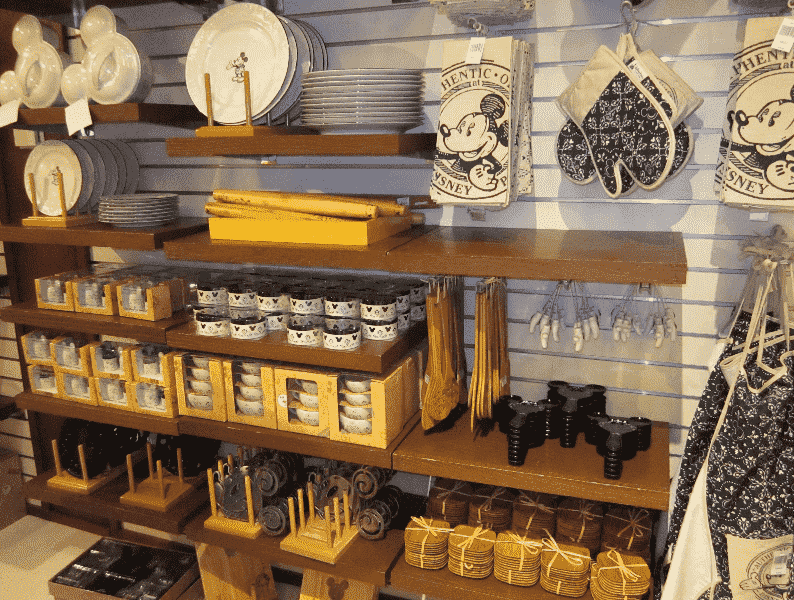 Melhores lojas de Disney Springs: Loja Mickey's Pantry no Disney Springs em Orlando