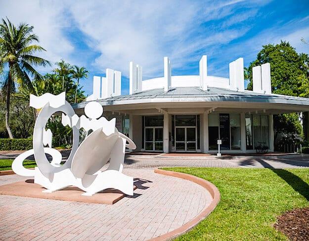 Entrada do Lowe Art Museum em Miami