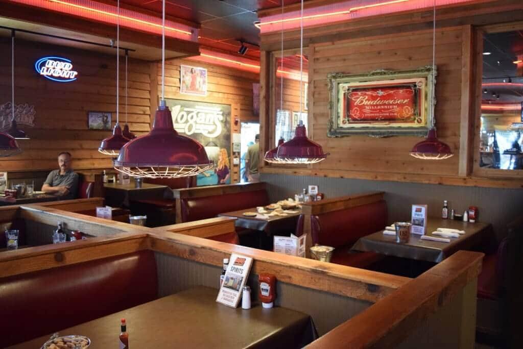 5 restaurantes para comer em Kissimmee: Logan's Roadhouse em Kissimmee