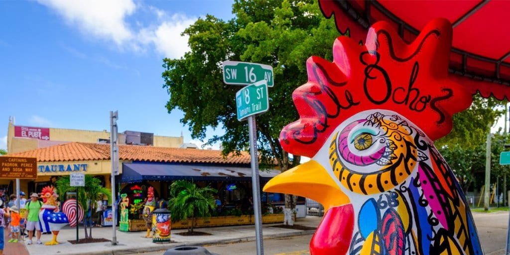 Calle Ocho de Litte Havana em Miami