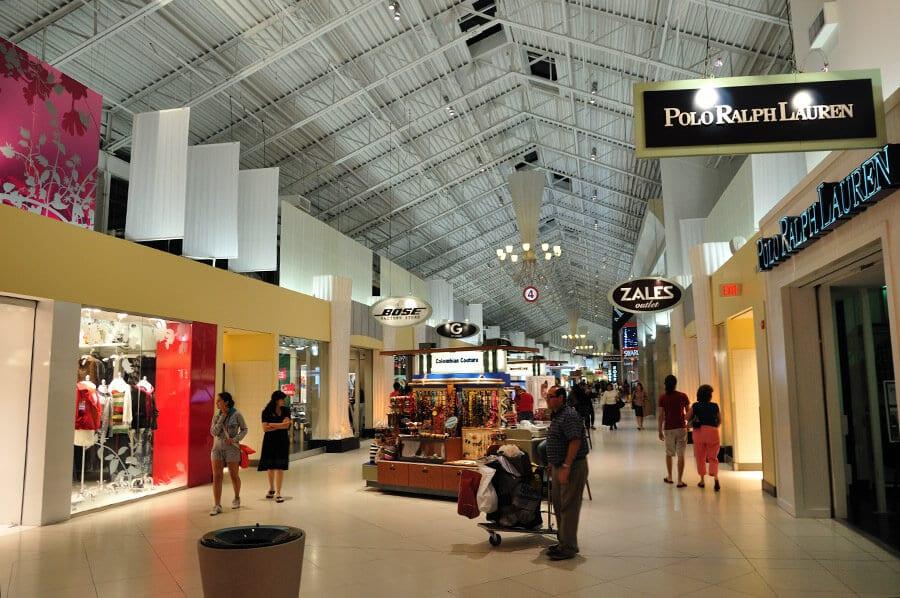 10 bons lugares para fazer compras em Miami e Key Biscane: Compras no Outlet Sawgrass Mills em Miami