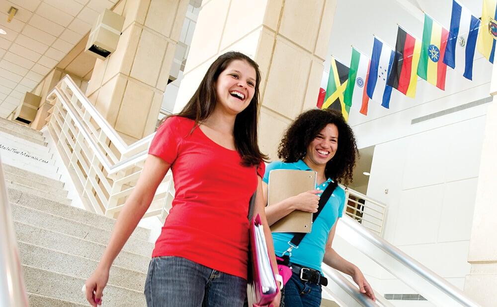 Morar fora por um período determinado - visto de estudante