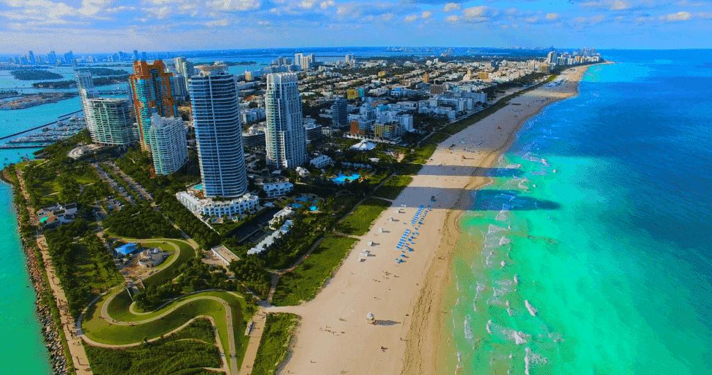 Ir à praia sozinho em Miami