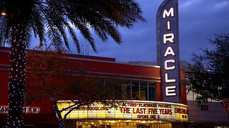 Rua Miracle Mile em Miami