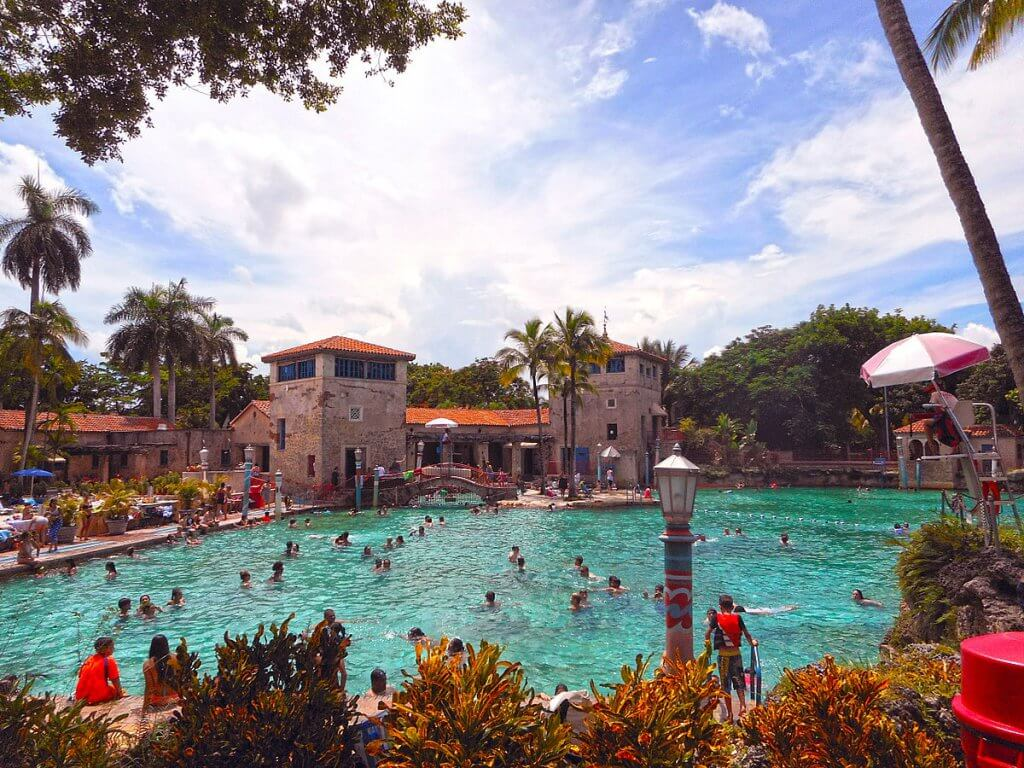 Venetian Pool, a maior piscina artificial dos Estados Unidos