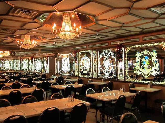 5 destaques da Calle Ocho de Litte Havana em Miami: Restaurante Versaille