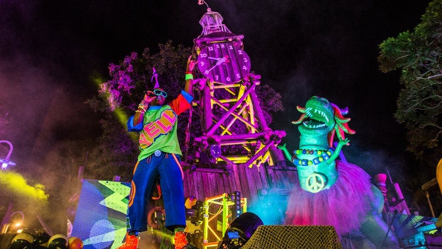 H2O Glow Nights 2020 no Typhoon Lagoon em Orlando