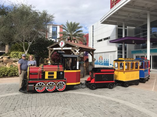 Pearl Express Train no ICON em Orlando