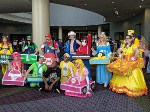 Cosplays de Mario na Feira MegaCon em Orlando
