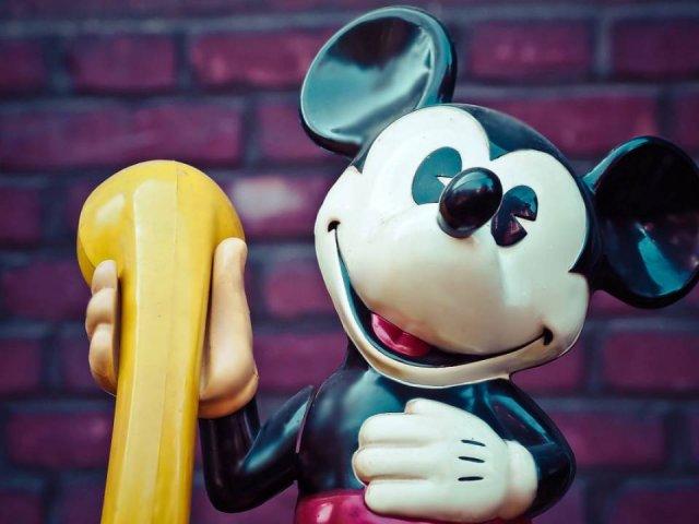 Bedtime Hotline: Como falar com personagens da Disney no telefone