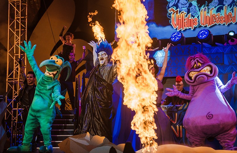 Show noturno Villains After Hours com vilões da Disney