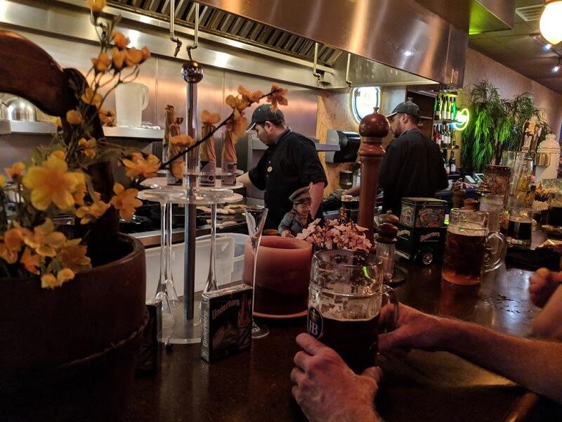 Restaurante Heinrich's German Grill