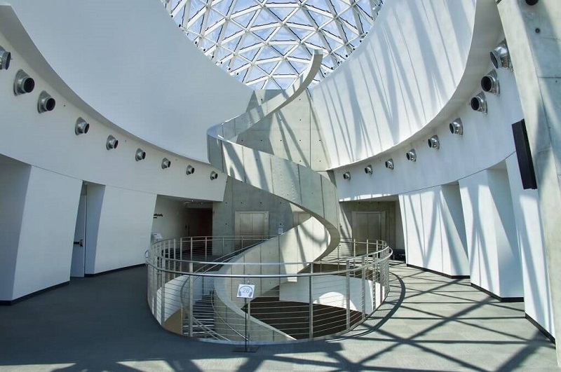 Escada do Museu Salvador Dalí na Flórida