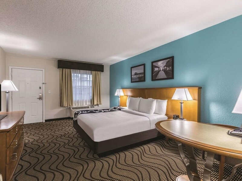 Quarto do Hotel La Quinta Inn em Cocoa Beach