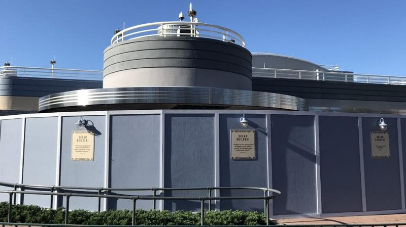 Estrutura do Mickey Shorts Theater no Hollywood Studios da Disney Orlando