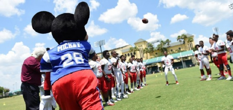 Mickey no NFL Pro Bowl Week 2020 na Disney Orlando