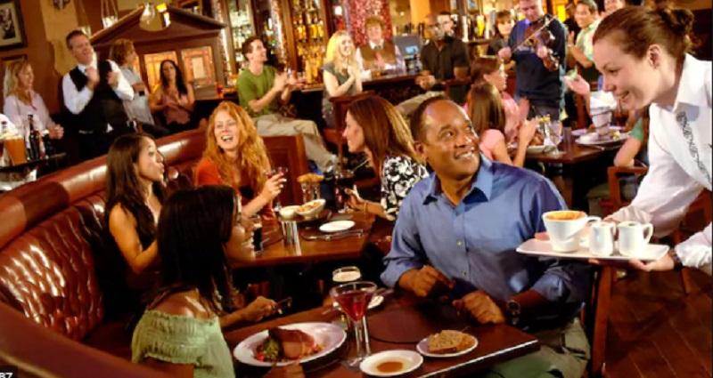 Raglan Road Irish Pub & Restaurant na Disney Springs em Orlando