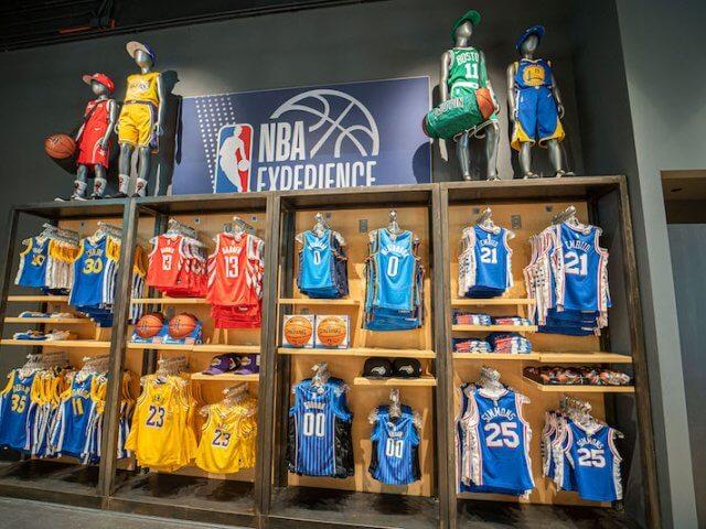 Loja NBA Store na Disney Springs